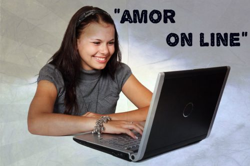 Obra sobre conversaciones cibernéticas